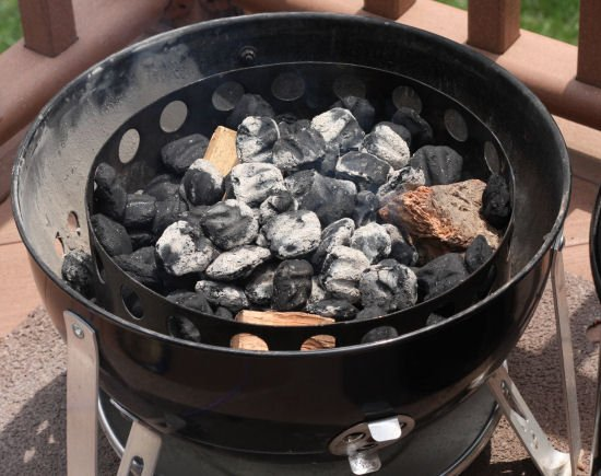 How to light a Weber Smokey Mountain Smoker - WSM