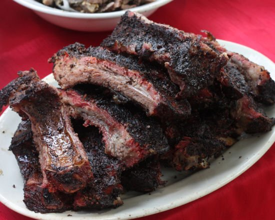 Barbacoa de cabeza, smoked ground hog picnic - Grilling24x7.com